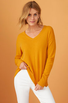 Capture Lambswool V Neck Sweater - 220753