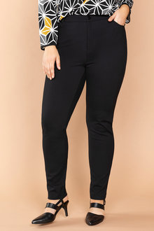Plus Size - Sara Ponti Pants