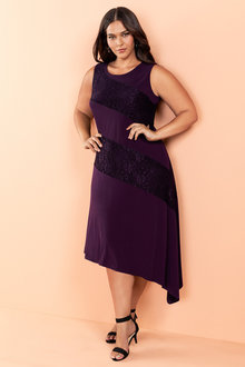 Plus Size - Sara Panelled Lace Dress - 220896