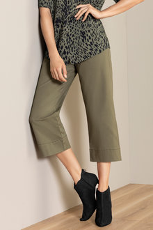 Capture Wide Leg Crop Pant - 220997
