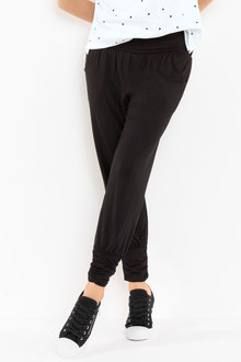Capture Gather Detail Pant