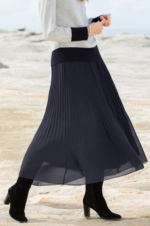 Grace Hill Pleated Pull On Maxi Skirt