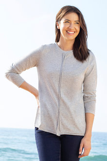 Capture Seam Front Detail Top