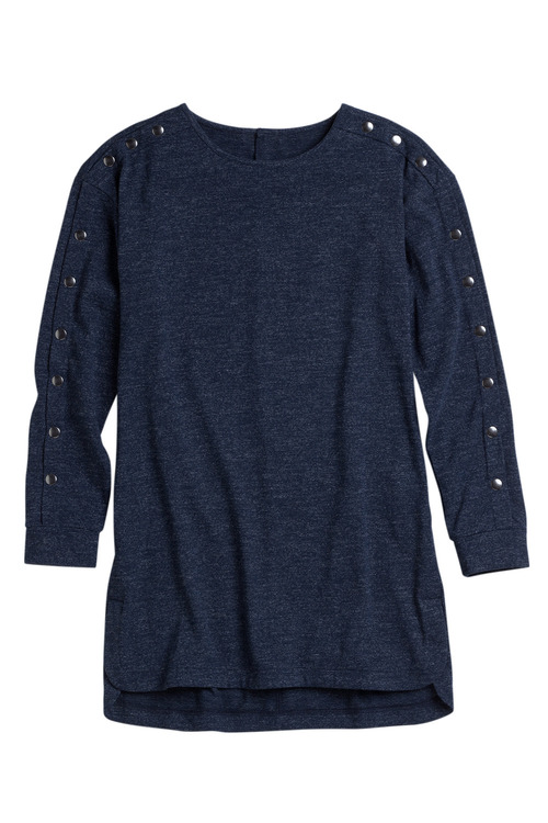 Capture Button Sleeve Long Sleeve Tee