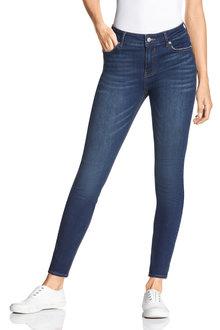 Capture Skinny Jean