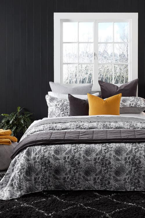 Eve Bedcover Set