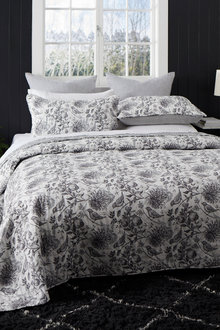 Eve Bedcover Set
