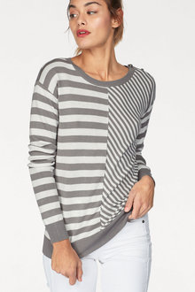 Urban Shoulder Detail Pullover - 222012