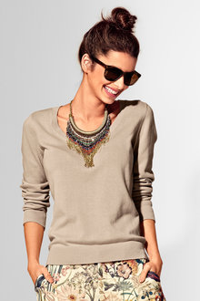 Capture Scoop Neck Long Sleeve Sweater