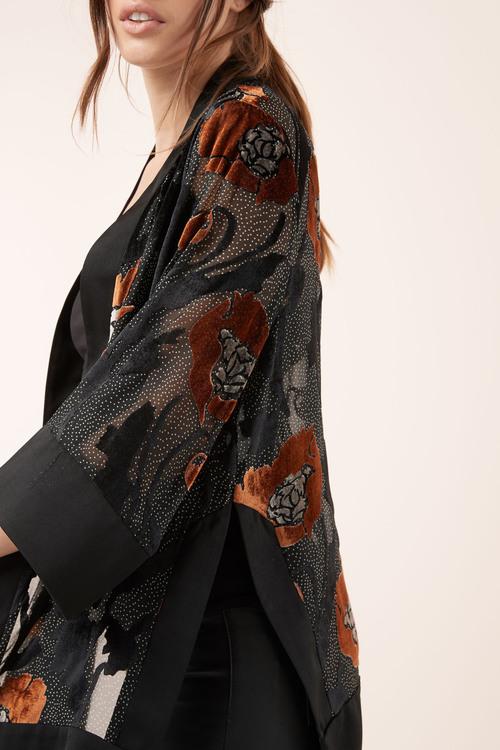 Next Burnout Kimono