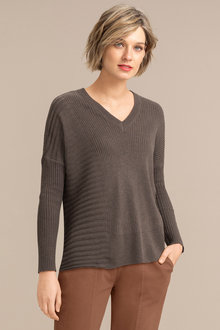 Emerge Rib Asymmetrical Hem Sweater - 222556