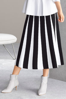 Grace Hill Knit Contrast Detail Midi Skirt