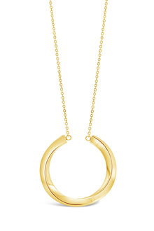 By Fairfax & Robert Contemporary Twist Necklace