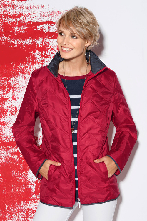 Capture European Showerproof Puffer Jacket
