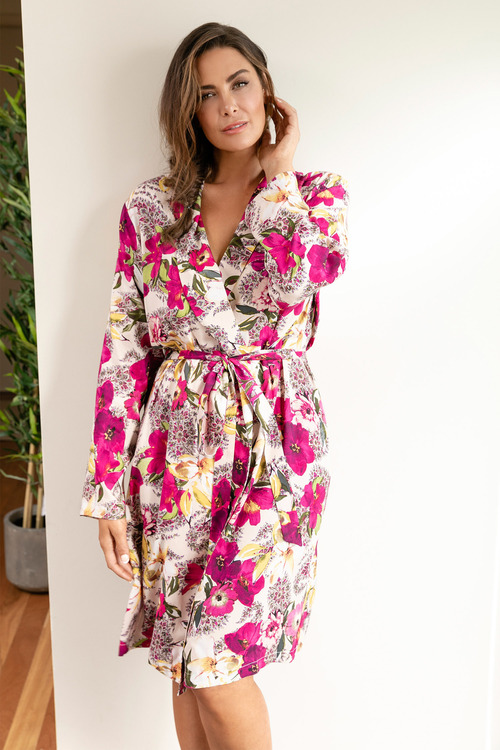 Plus Size - Sara Short Robe with Long Sleeves