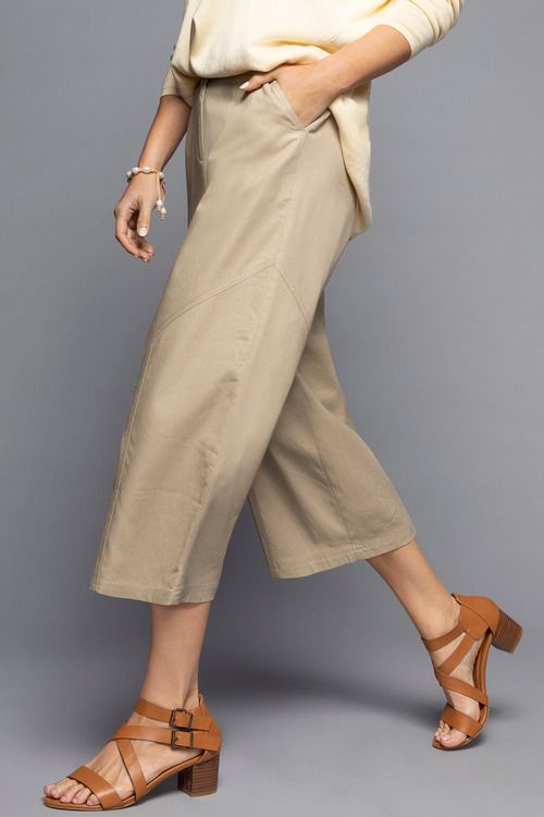 Grace Hill Wide Leg Linen Crop
