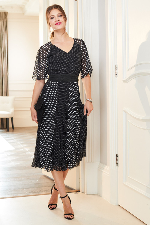 European Collection Spotted Raglan Sleeve Dress