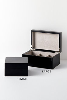 Lacquered Jewellery Box - 227213