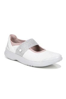 Bzees Athena Sneaker