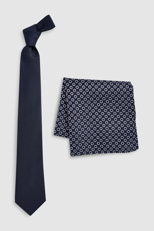 Next Signature Spot Tie And Pocket Square Set
