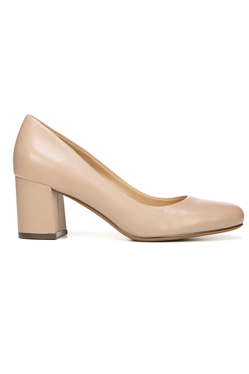 Naturalizer Whitney Court Heel