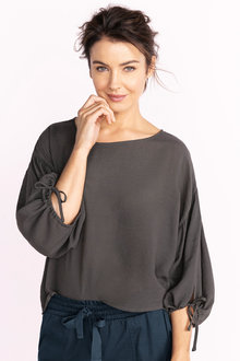Capture Tie Sleeve Top