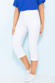 Plus Size - Sara Buckle Detail Crop