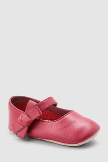 Next Pram Shoes (0-18mths)