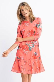Capture Ruffle Hem 3/4 Sleeve Dress - 229212