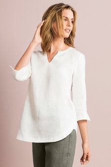 Capture Linen Notch Neck 3/4 Sleeve Top