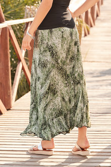 European Collection Crinkle Maxi Skirt