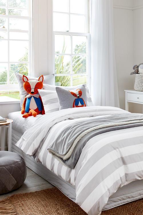 Freddie Fox Knitted Cushion