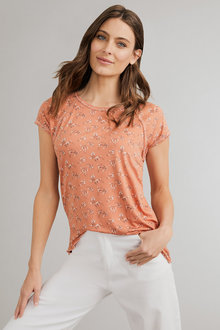 Capture Slinky Knit Print Tee - 233725
