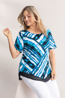 Plus Size - Sara V Hem Top