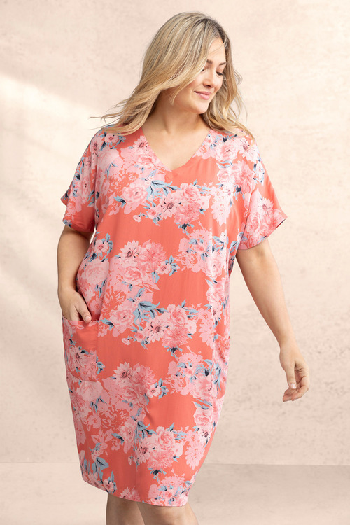 Plus Size - Sara Pocket Shift Dress
