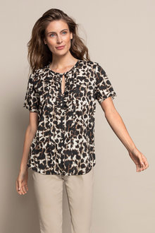 Capture Pintuck Short Sleeve Top - 234006