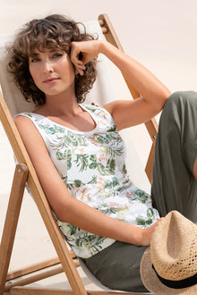 Capture Linen Round Neck Tank