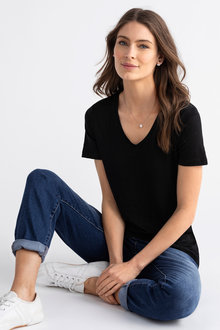 Capture Linen V Neck Tee