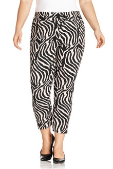 Plus Size - Sara Printed Crop Pants
