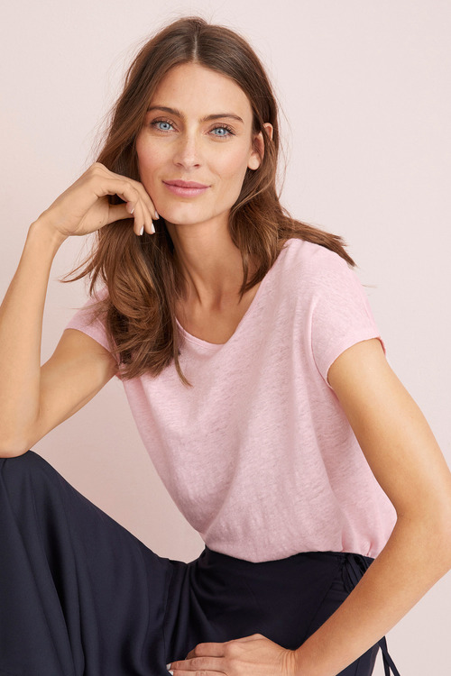 Capture Linen Scoop Neck Tee
