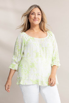 Plus Size - Sara Scoop Neck Print Top - 235993