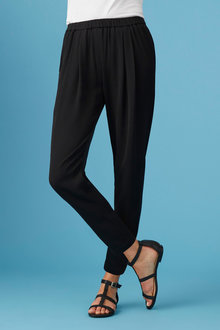 Capture Tapered Leg Pants - 236383