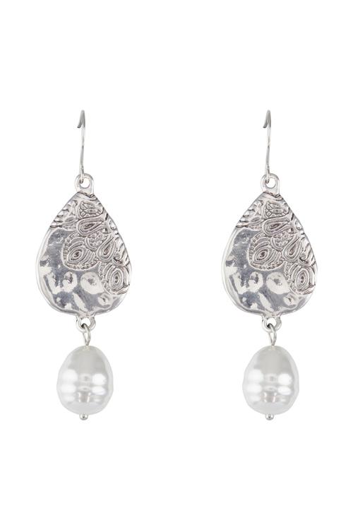 Amber Rose Indi Pearl Drop Earings