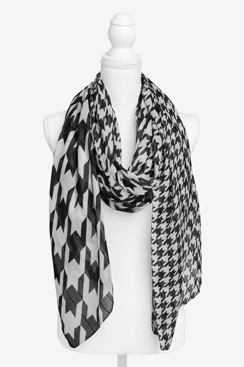 Next Dogtooth Lightweight Scarf