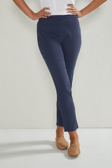 Capture Jacquard Pull On Pants - 236641