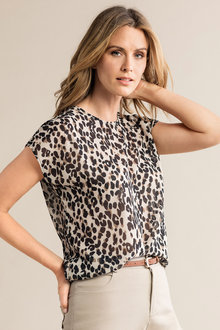 Capture Round Neck Shell Top