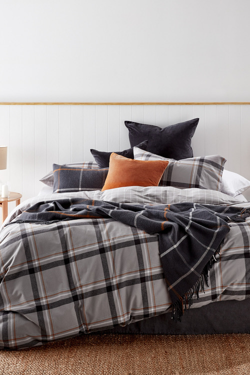 Manhattan Woven Flannelette Bedpack