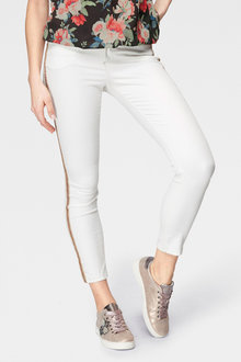 Urban Side Detail Jeans - 240114