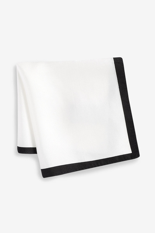 Next Signature Self-Tie Bow Tie And Pocket Square Set
