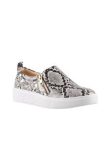 Brooke Sneaker - 240404
